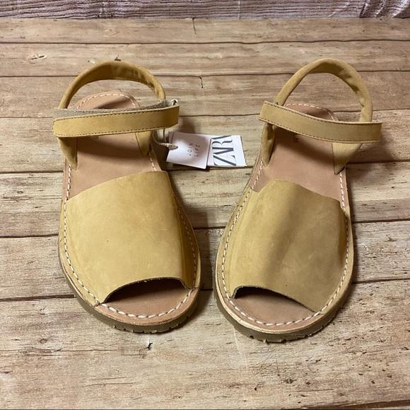 Zara Women's Strap Sandal
